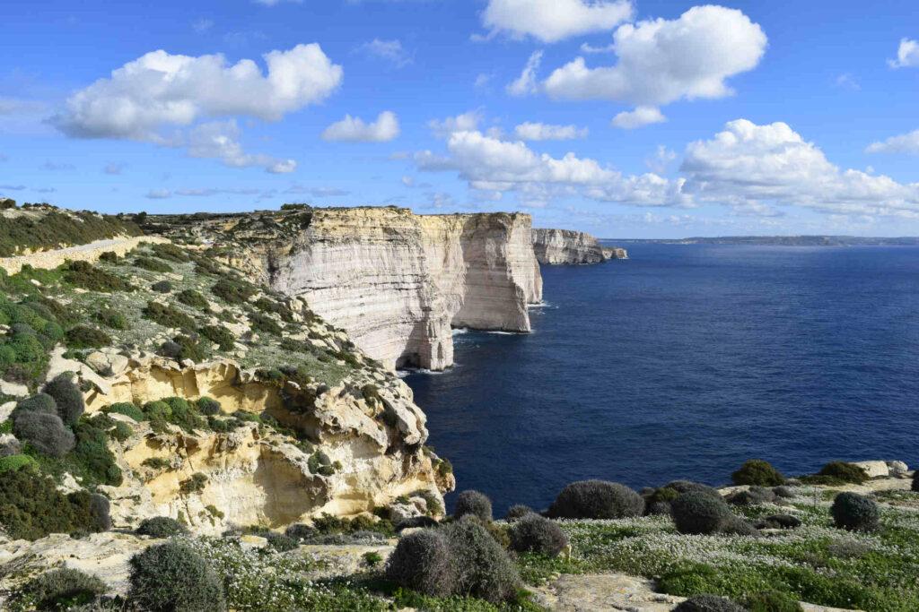 spacer klify Gozo